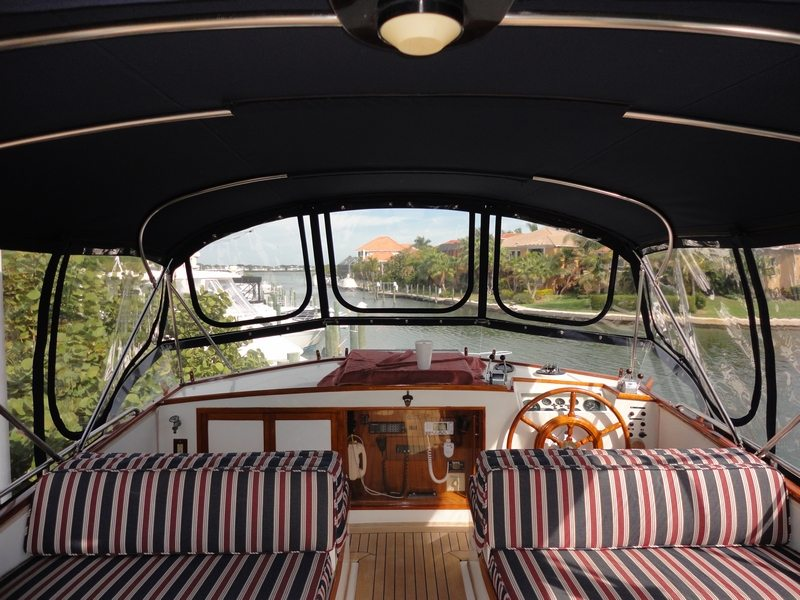 49 Grand Banks Interior With Teardrop Zippers