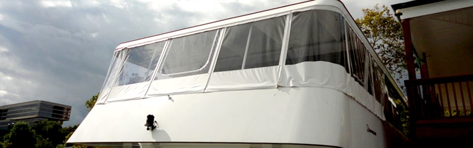 Custom Aft Enclosure On 98 Foot Dinner Cruise Boat